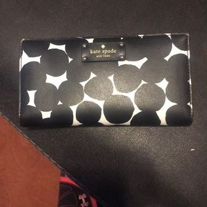 Like new authentic Kate Spade wallet